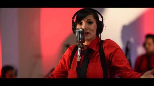Majo y La Del 13 – A Ti Lo Que Te Duele (Video Oficial + MP3)