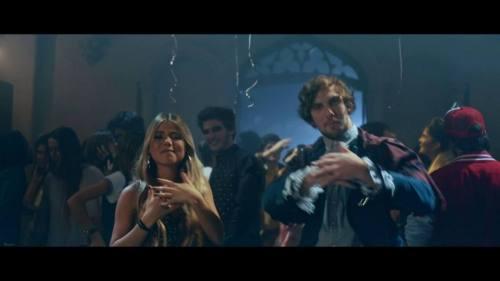 TocoParaVos - Tengo Un Vicio (Video Oficial + MP3)   TocoParaVos reggaeton