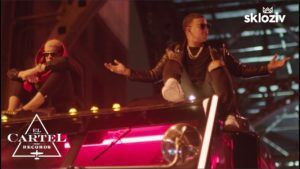 Daddy Yankee ft Bad Bunny – Vuelve