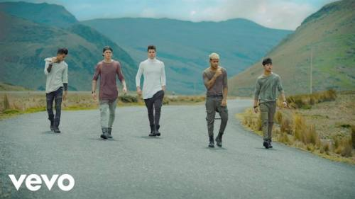 CNCO - Mamita (Video Oficial) | Reggaeton