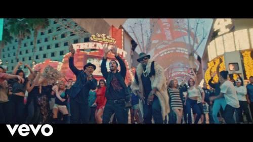 Descemer Bueno ft Enrique Iglesias y El Micha - Nos Fuimos Lejos (Video Oficial) | Reggaeton