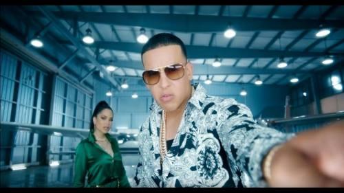 Natti Natasha ft Daddy Yankee – Buena Vida (Video Oficial)
